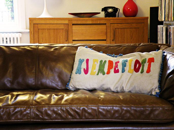 kjempeflott cushion