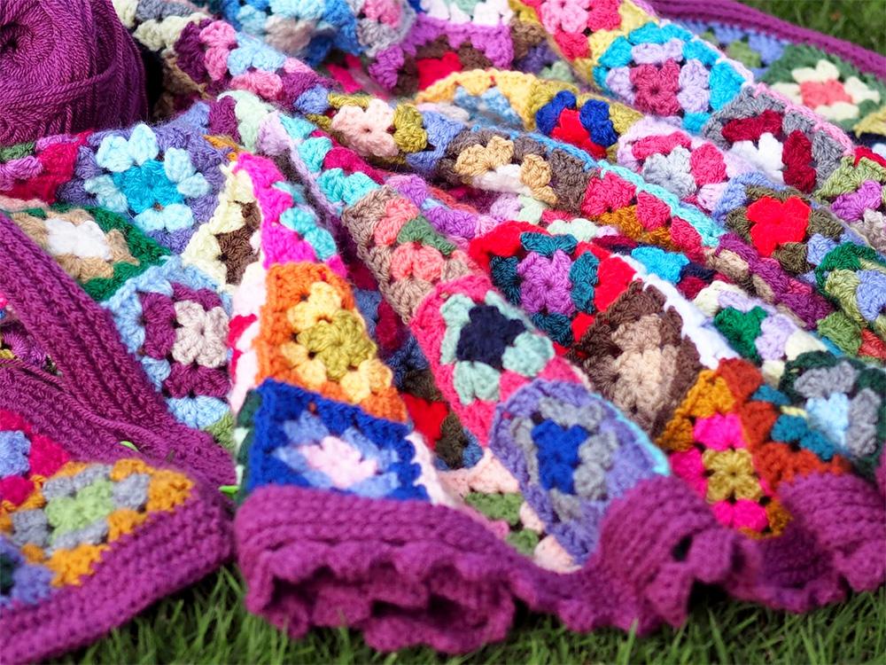 Gypsy Blanket betsymakes.blogspot.co.uk/