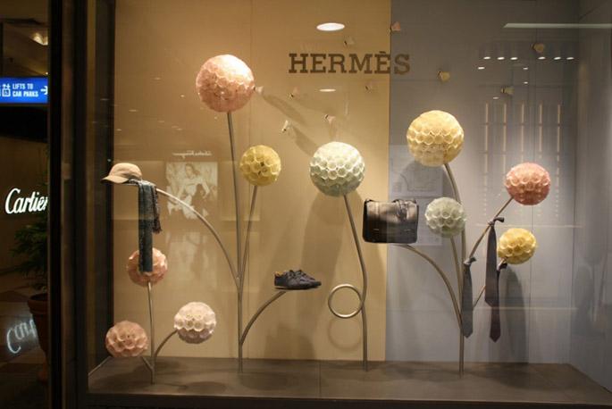 Hermes-Shuttlecocks-windows-Singapore-07