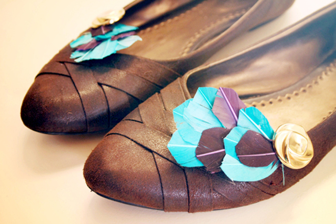 feather-shoe-clips-21