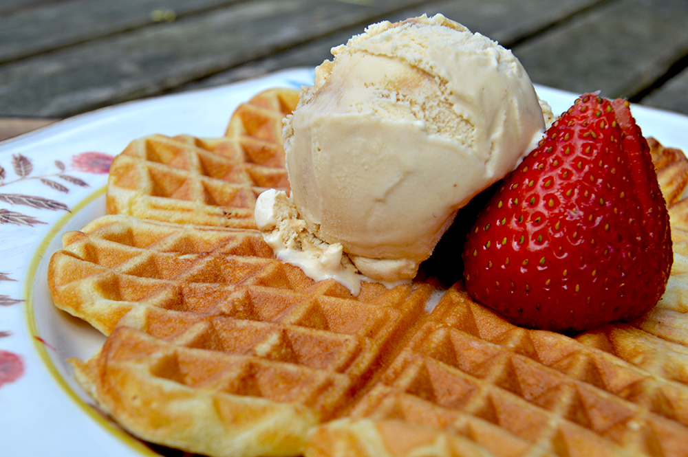 Wenche's Norwegian waffles and ice cream