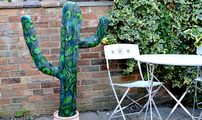 Easy diy giant paper mache cactus pillar box blue for Things made out of paper mache