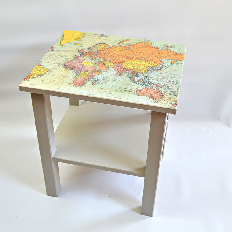Map Table Pillarboxblue