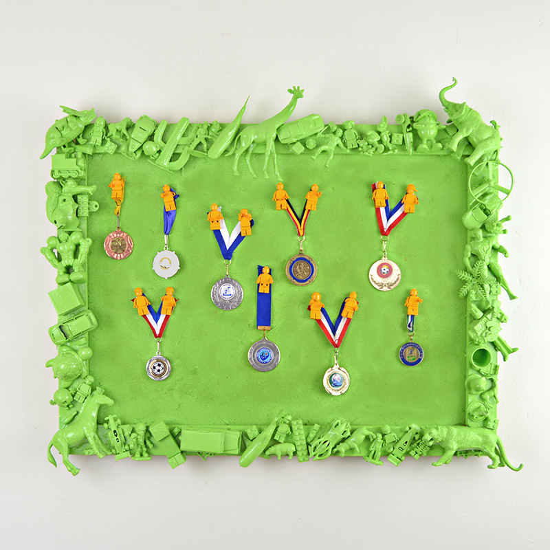 Toys frame medal board