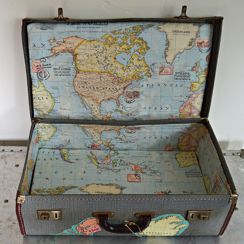 Brilliant Vintage Map Suitcase Tutorial - Pillar Box Blue
