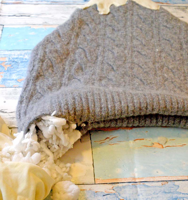 Sweater Mountain Cushion