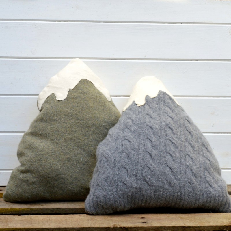 Upcycled old sweaters felted in the washing machine and then made into gorgeous Mountain pillows.  Free pattern.
