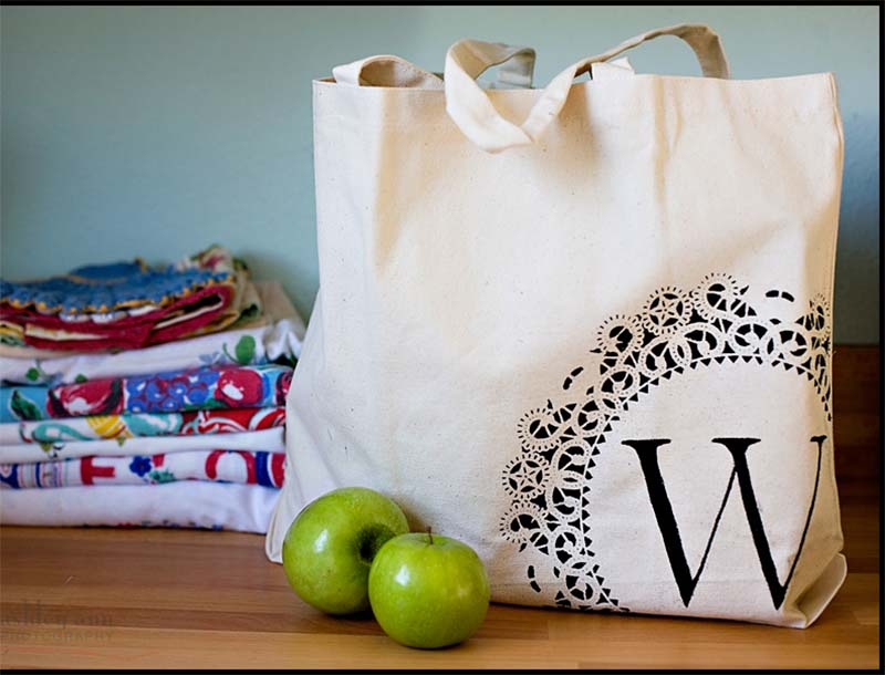 monogrammed gifts Monogram Bag - Great tutorial