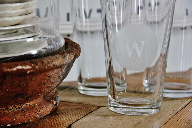 12 monogrammed gifts- Monorammed glass