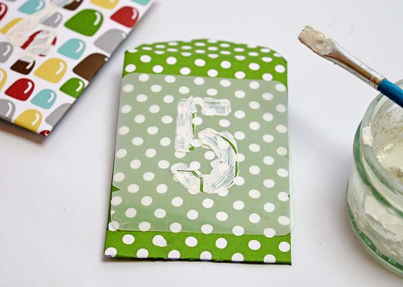 Paper envelope advent calendar - Pillarboxblue.com