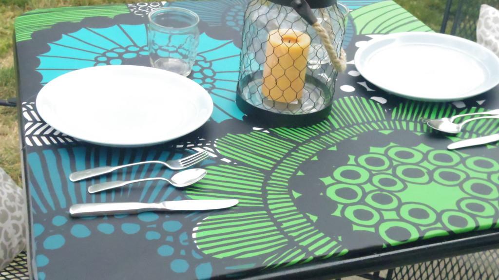 marimekko table