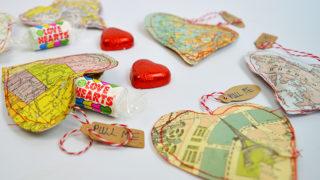 Valentines Map heart treat bags - Pillarboxblue.com