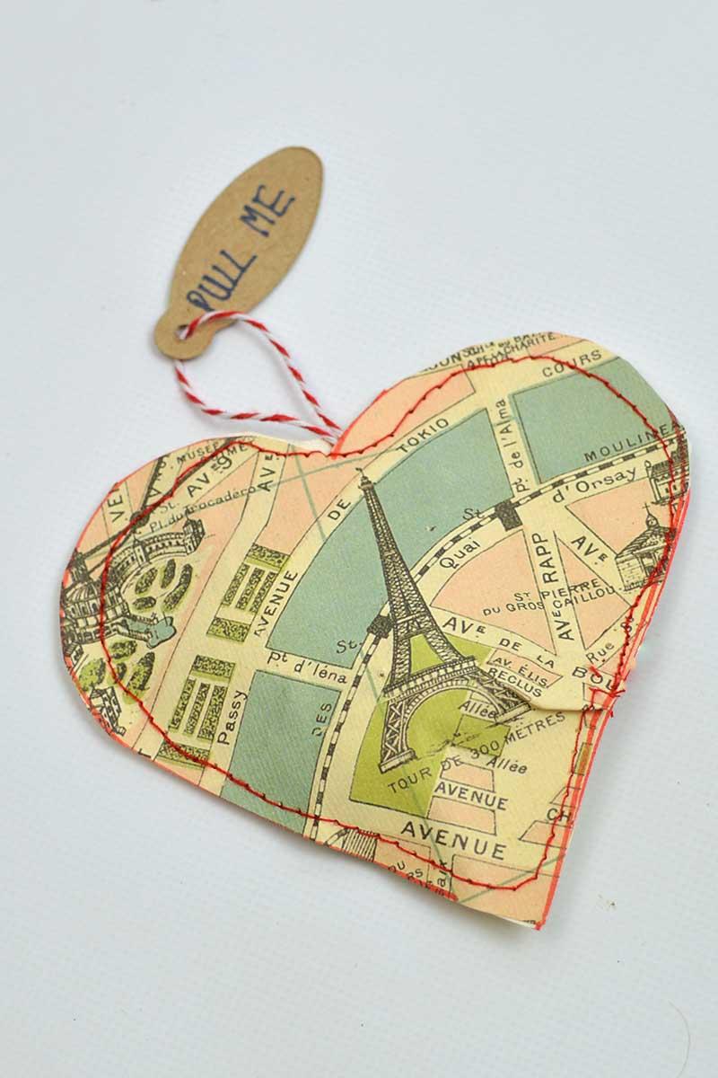 Map heart treat bag Paris