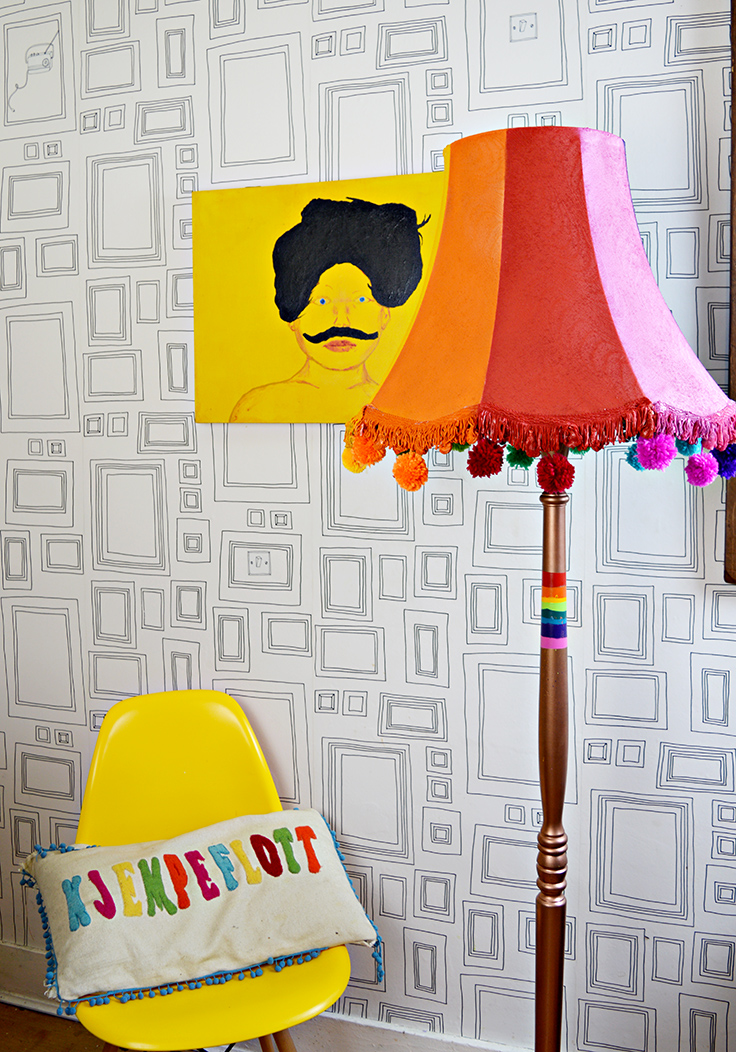 Upcycled floor lamp.  I show you how easy it is to use spray paints to update an old floor lamp.