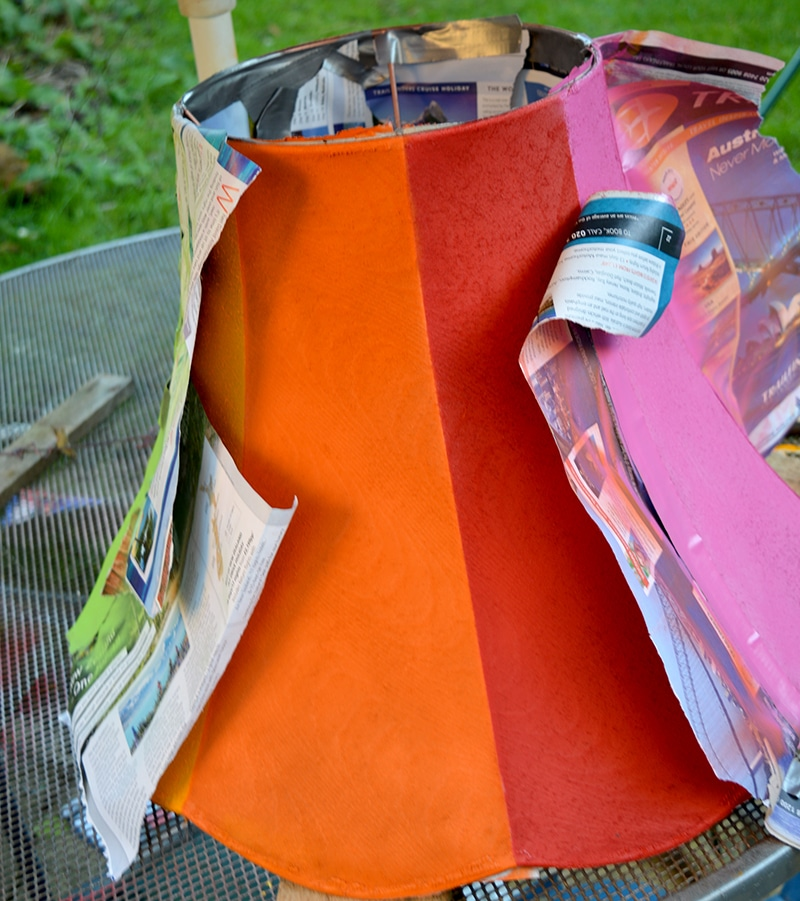 upcycling lamp with spray paint