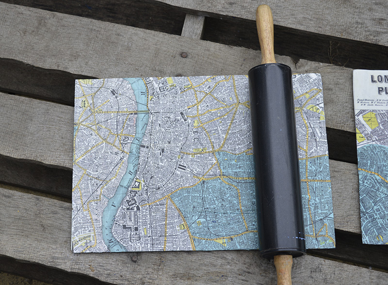 Map table mats - Easy upcycle from Pillarboxblue