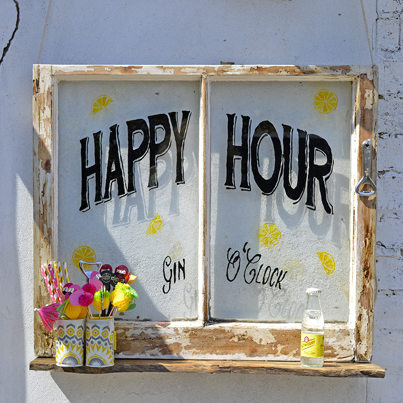 Happy Hour Upcycled window - free template and tutorial for caddy as well