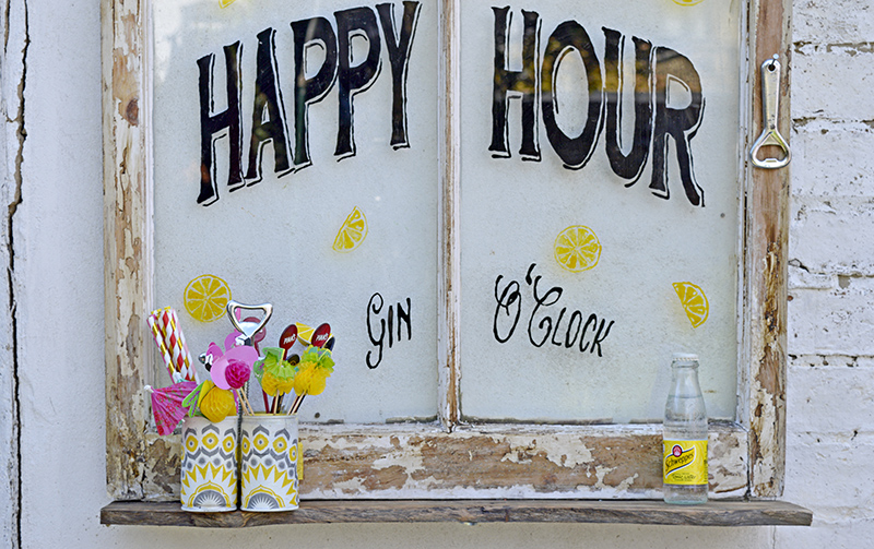Happy Hour Upcycled Window - Full Tutorial Pillarboxblue