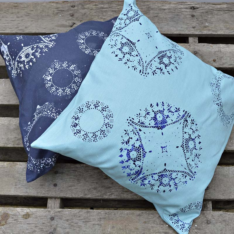 Doily Stenciled Cushions - Fun easy craft full tutorial
