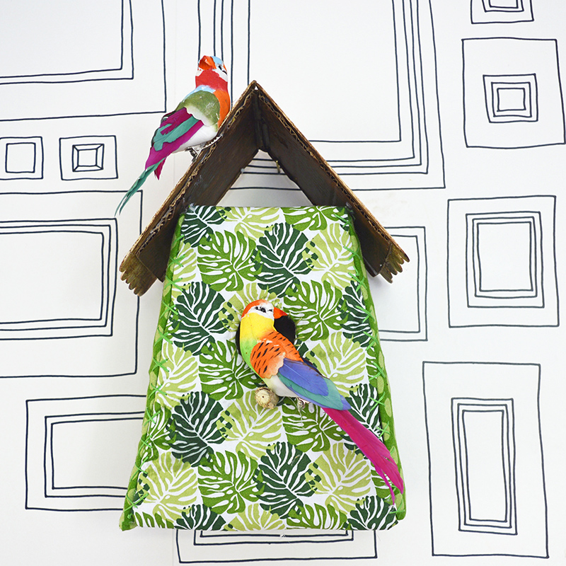 Decorate your house with this fun tropical fabric birdhouse full tutorial and free template.