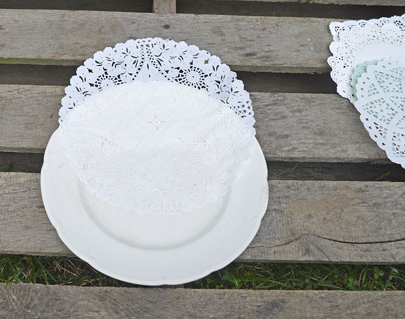 doily stenciled painted plate sm