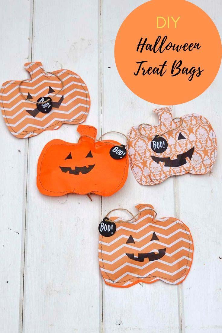 Jack-O-Lantern Halloween treat bags