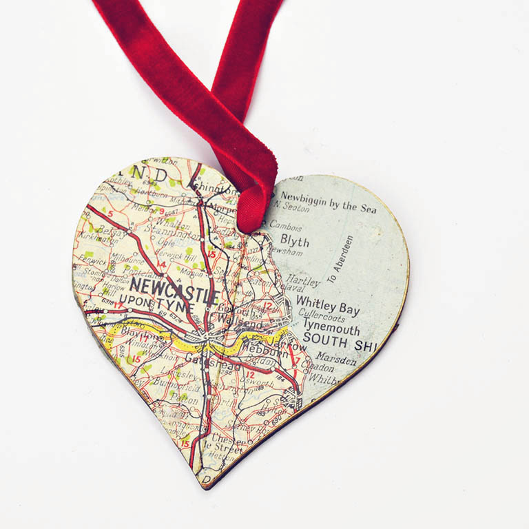 Make a personalised Christmas decoration for your tree with these DIY heart map ornaments.  They also make a lovely gift.