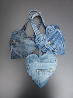 Favourite 5 Denim Christmas Ornaments.  Put your old jeans into good use and upcycle them into some