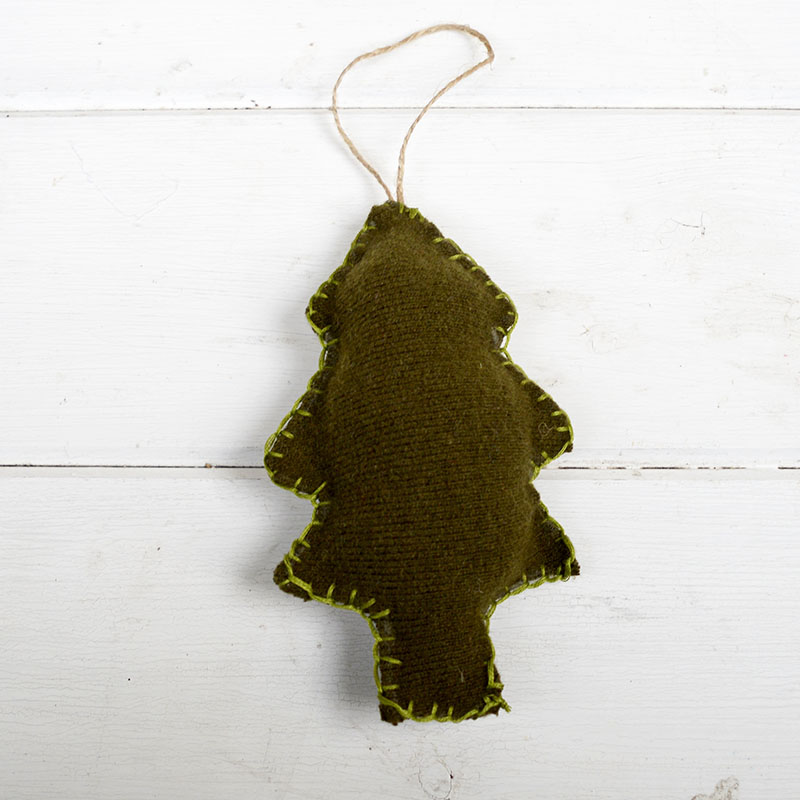 sweater-upcycled-christmas-ornament