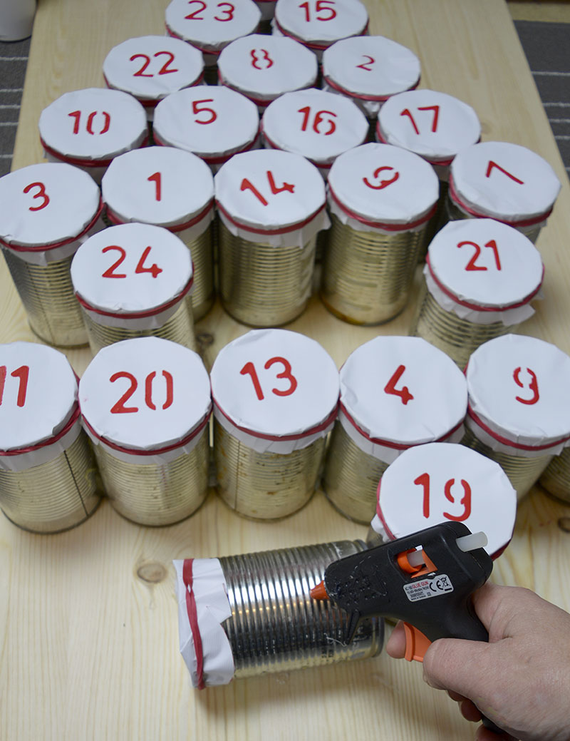upcycled-advent-calendar-tin-cans-glueing-s
