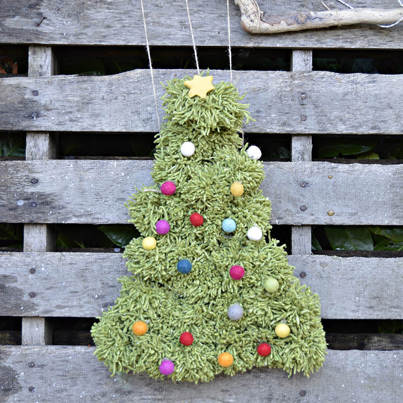 how to make a lovely pom pom christmas tree great wreath or wall hanging