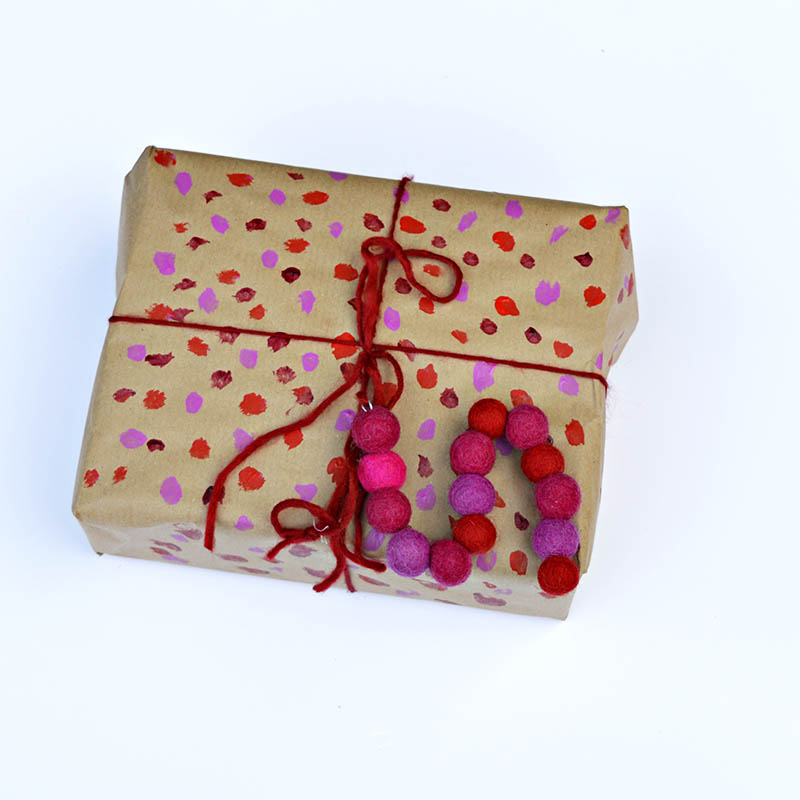 Make your gift extra special with a felt monogram gift tag.  It's a gift in itself.