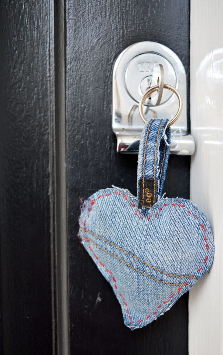 How to Make A Denim Hearts Key Chain