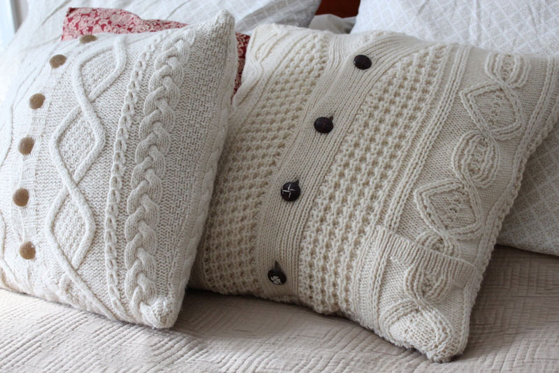 Five easy and inspired amazing sweater pillows - Pillar Box Blue