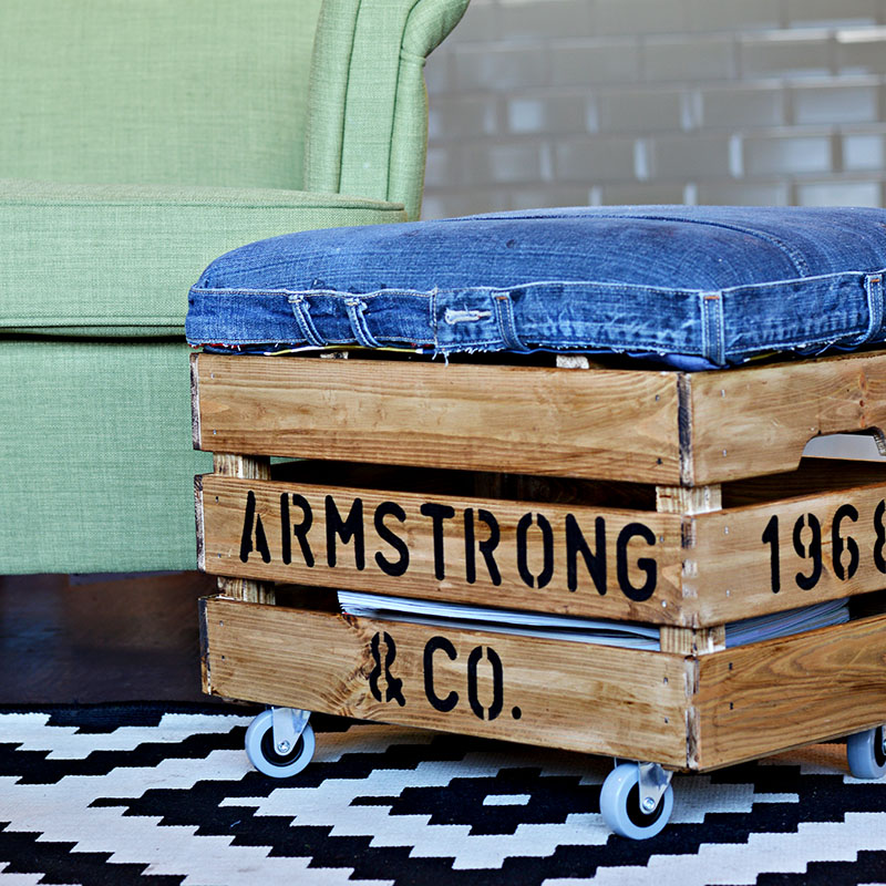 Nifty DIY Ottoman made from jeans and Ikea box. Really handy storage too.