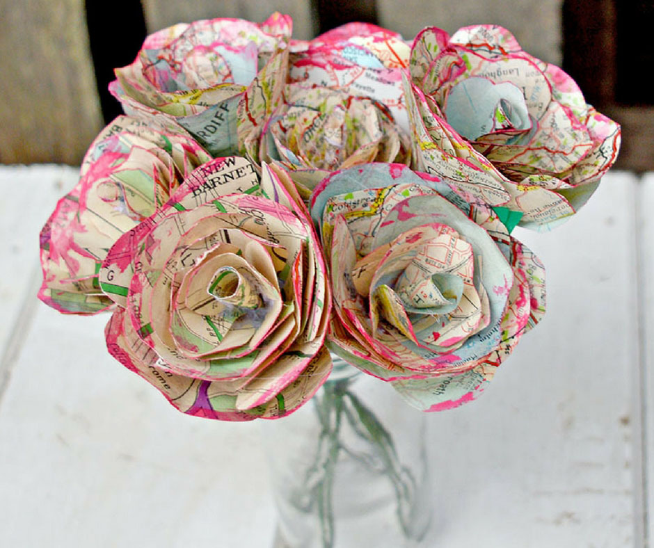 How to make simple but gorgeous map roses.