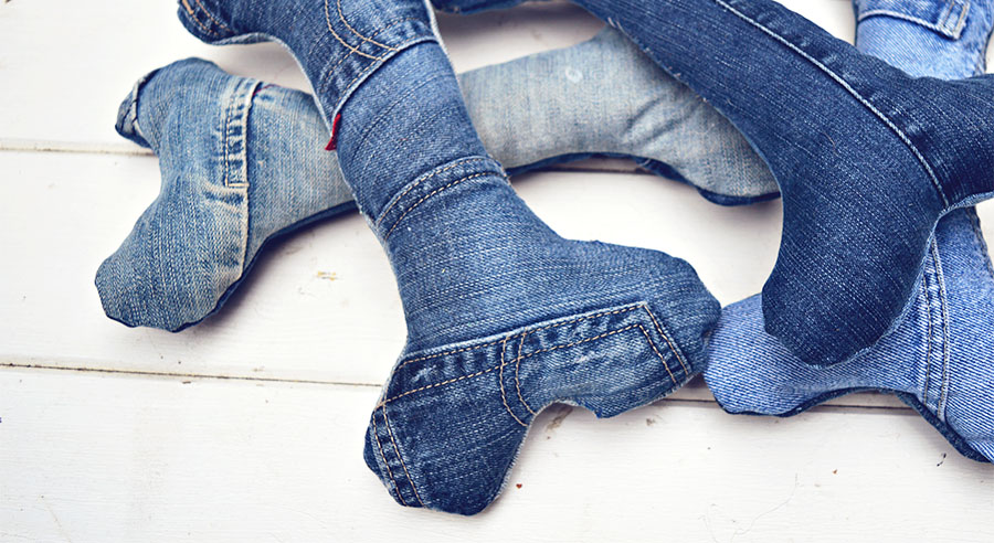 Make your own cool denim handmade dog toys for a fraction of the price of shop bought ones. complete with squeak