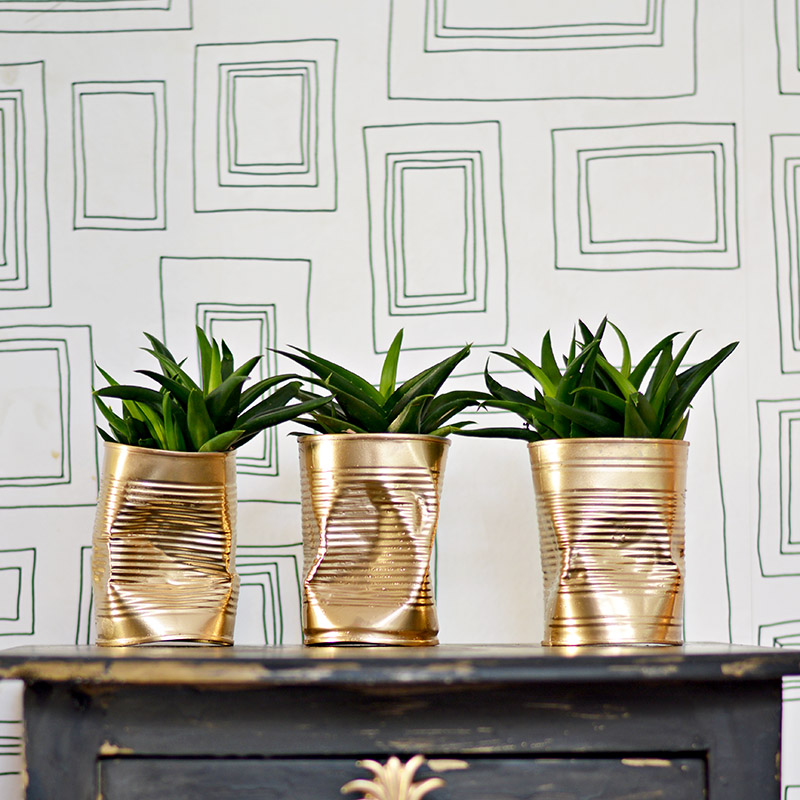 10 minute planter craft.  Trio of crushed gold can DIY planters.  For that shabby glam look.