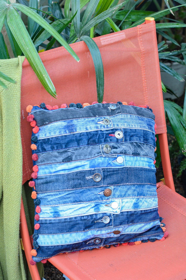 Denim-Waistband-Cushion-DIY-Tutorial-for-recycled-denim-waistbands-cushion