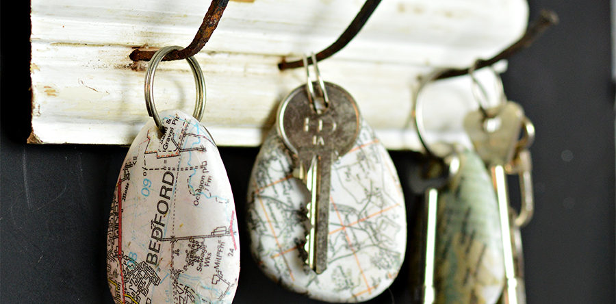 How to make a cool map rock keychain pillar box blue how to make a cool map rock keychain gumiabroncs Gallery