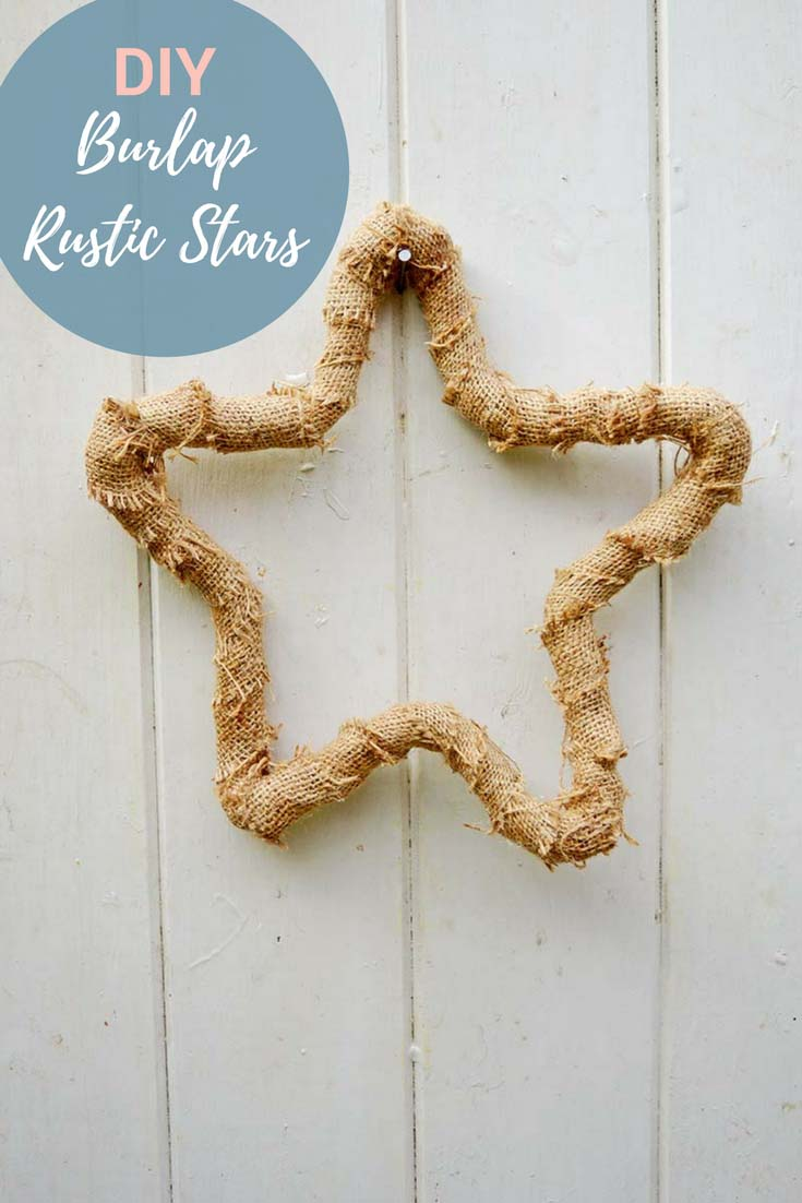 Full tutorial on how to make these simple burlap rustic stars.  Several hung together make for a lovely Christmas decoration or hang a large one on your door as a wreath.