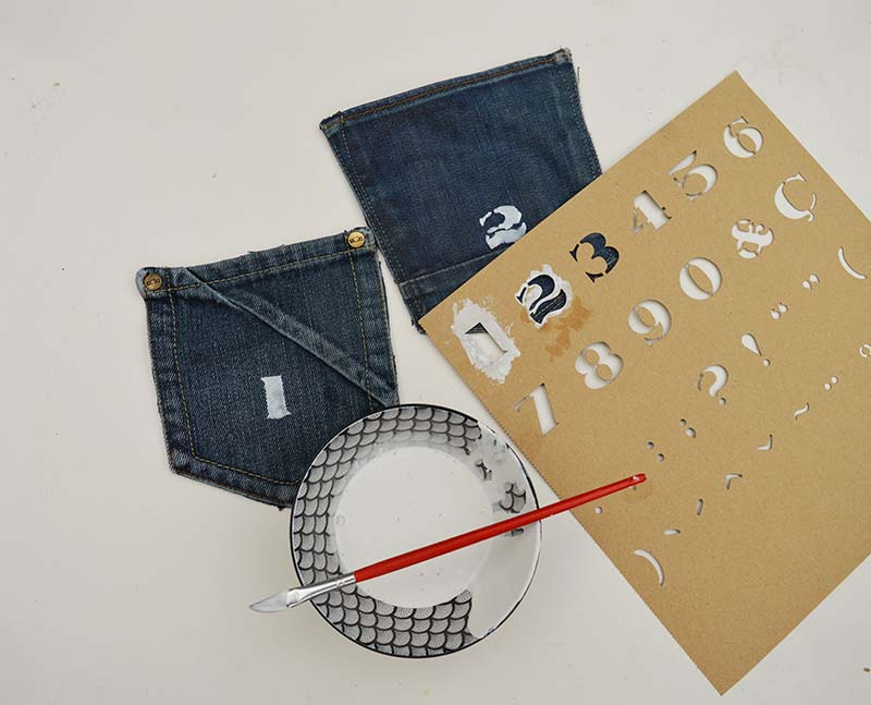 Stenciling denim pockets for a handmade advent calendar