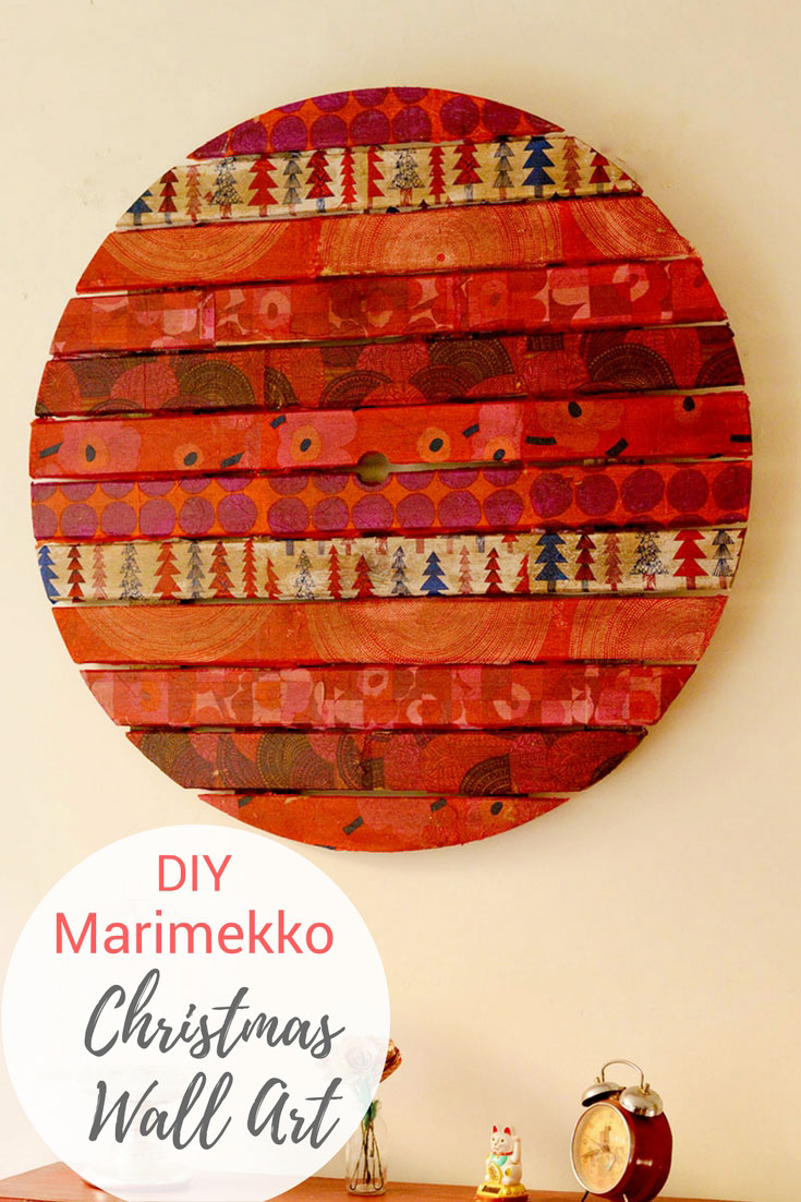 How about something different for your decorations.  Upcycled mid-century modern style Marimekko Christmas wall art.  Can double up as a card pinboard. #Marimekko #ChristmasaDecoration #Christmas #wallart