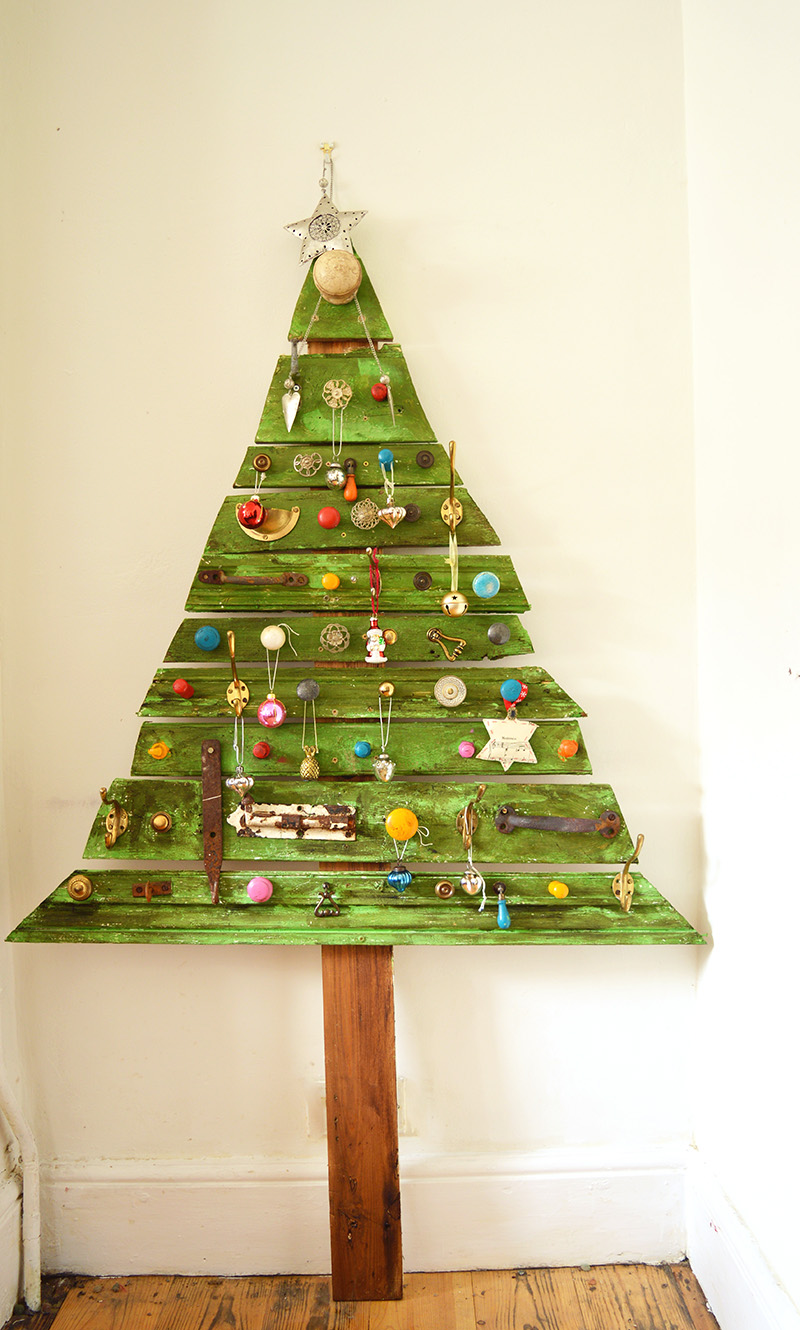Unique diy wooden christmas tree with knobs on pillar Christmas trees made out of wood