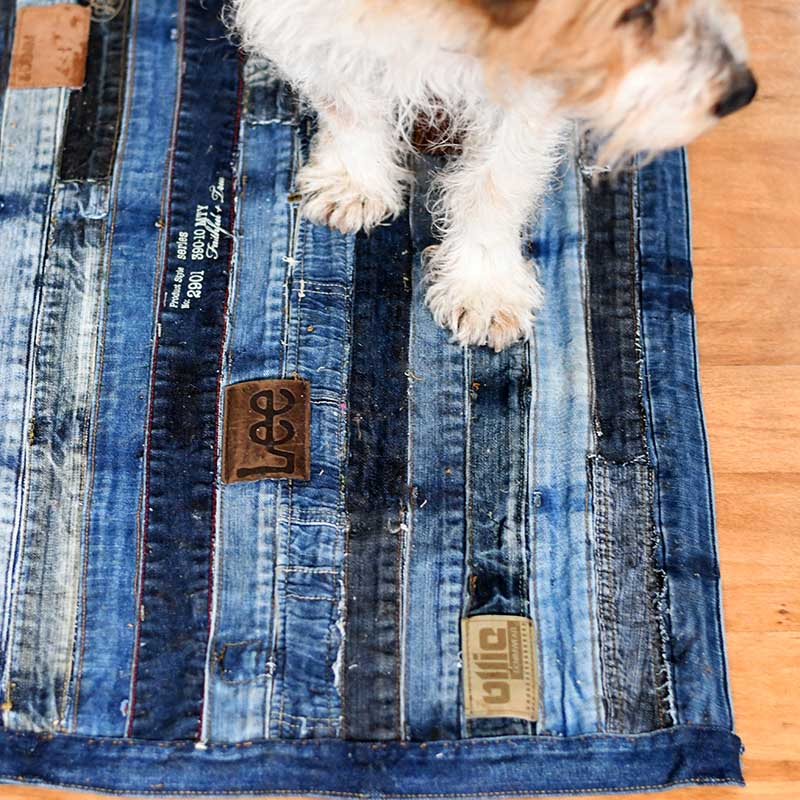 Denim waistband rug DIY