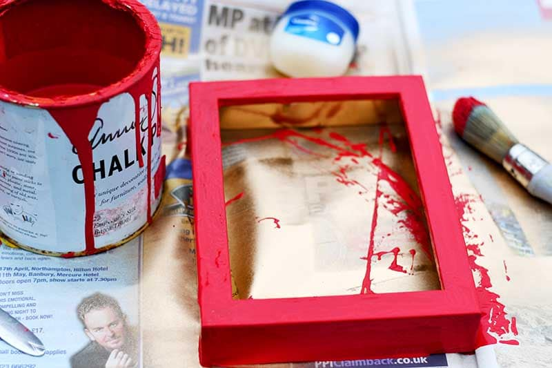 Painting frame with vaseline method.