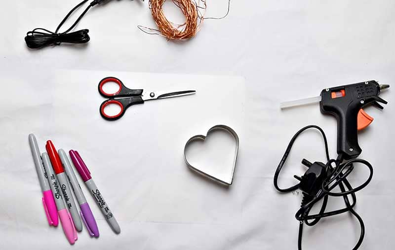 What you need to make heart string lights