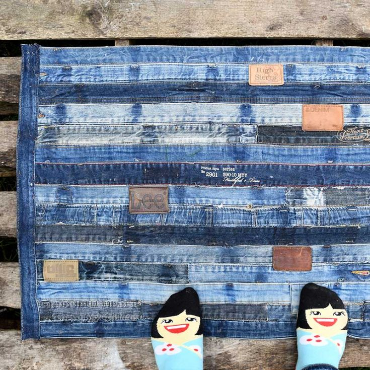Make A Denim Waistband No-Sew Rug