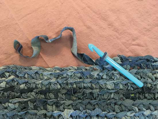 crochet denim into a rug