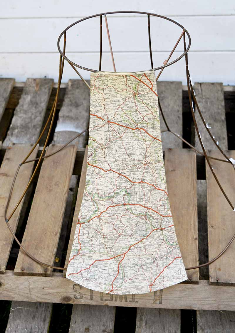 Gluing map to wire lampshade frame